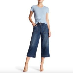 MELROSE AND MARKET HIGH RISE CROPPED BELL JEANS